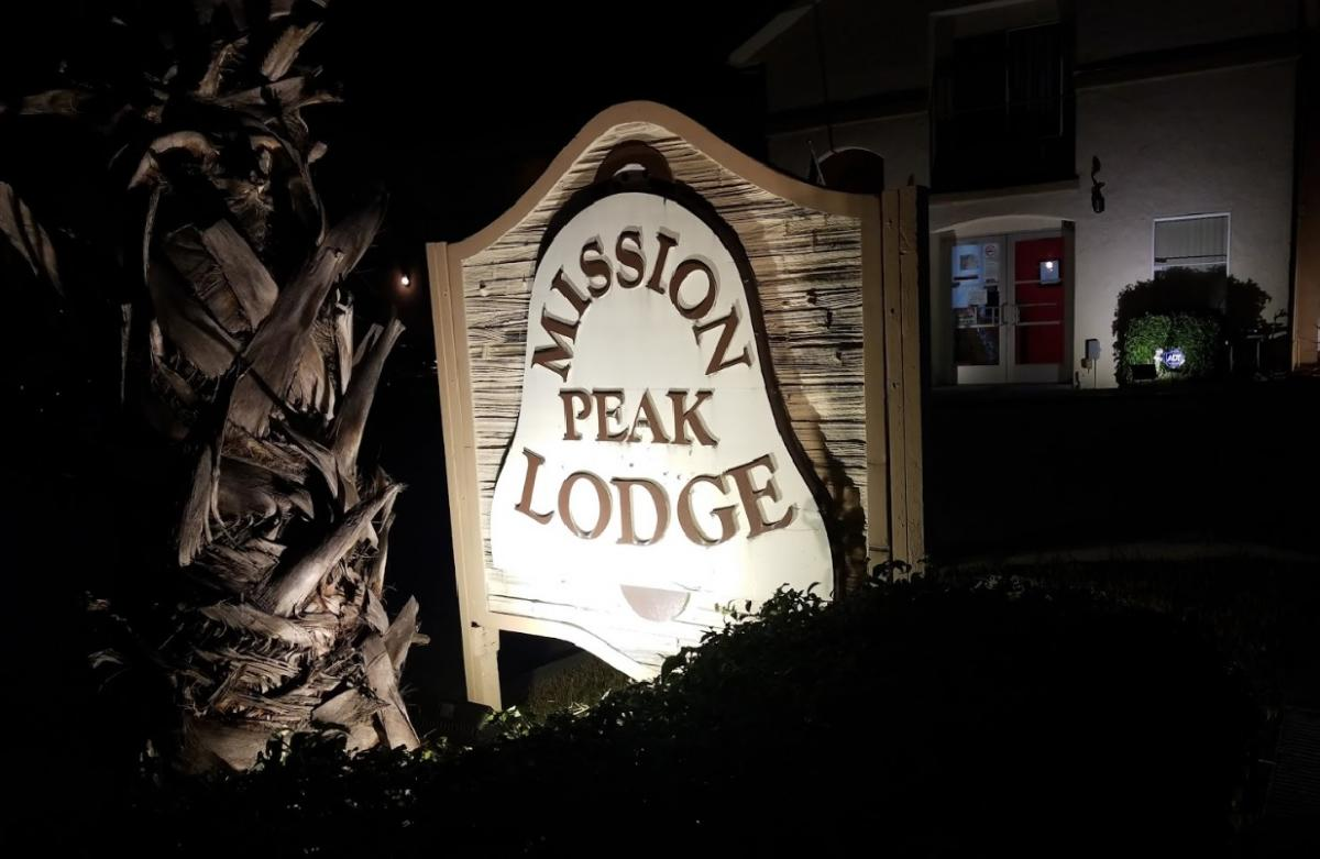 Mission Peak Lodge